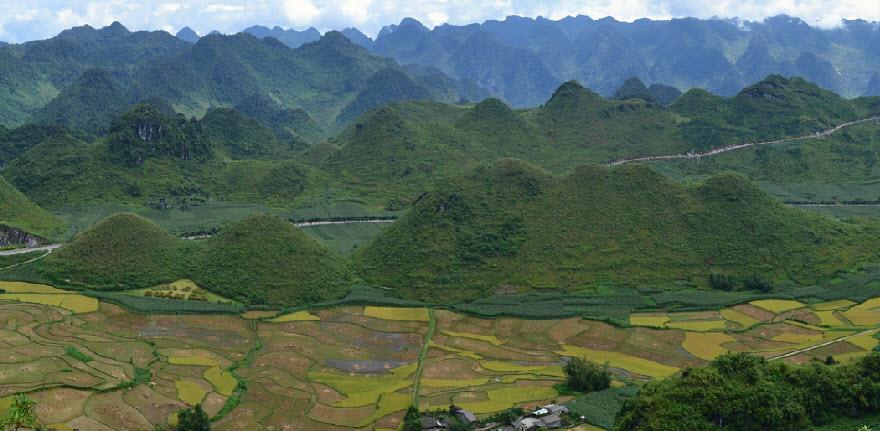 Cycling north Vietnam - HaGiang to QuanBa