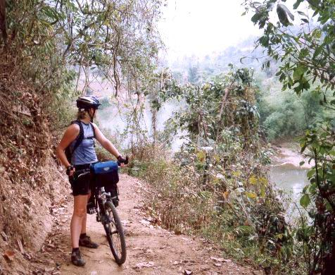 trail along Nang river
