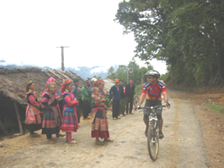 Road from Xin Man to Bac Ha