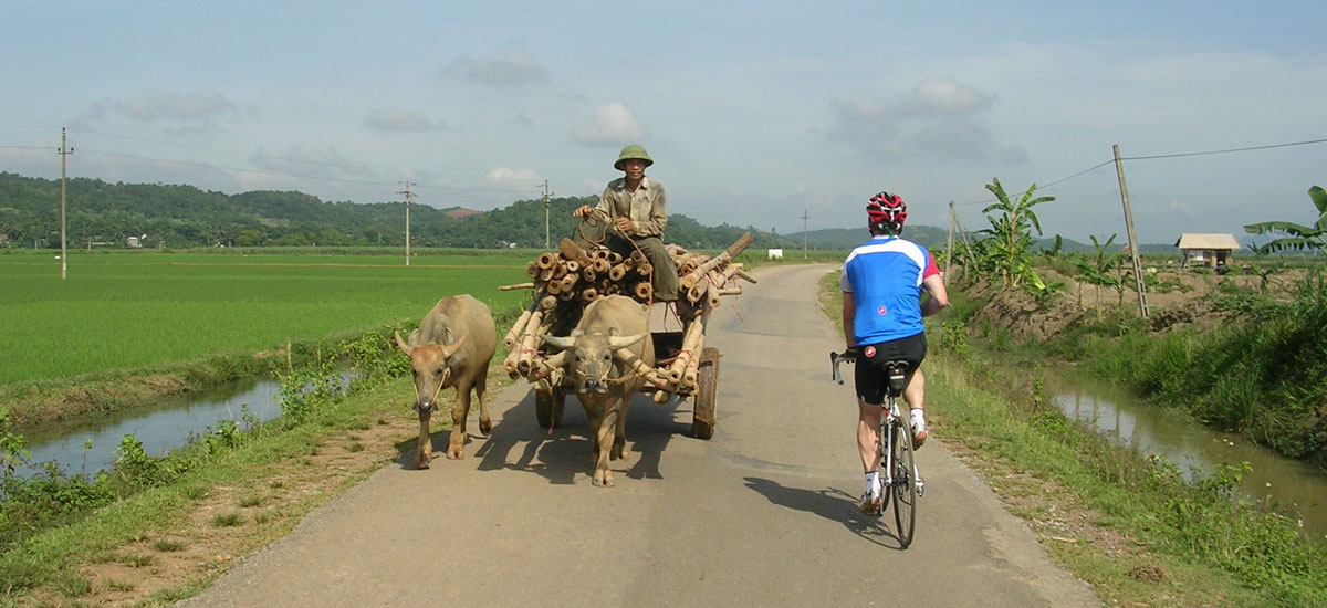 Cycling north Vietnam - road from CucPhuong to HoChiMinh highway