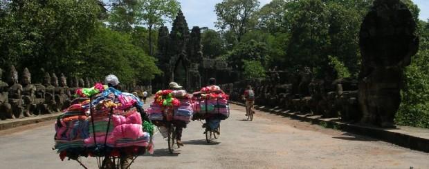 Cycling Cambodia - Visit Angkor Thom temple